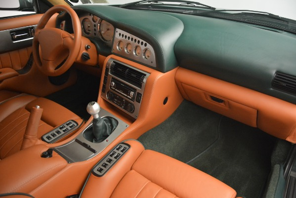 Used 1999 Aston Martin V8 Vantage Le Mans V600 Coupe for sale $499,900 at Rolls-Royce Motor Cars Greenwich in Greenwich CT 06830 28
