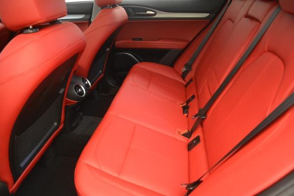 New 2019 Alfa Romeo Stelvio Sport Q4 for sale Sold at Rolls-Royce Motor Cars Greenwich in Greenwich CT 06830 17