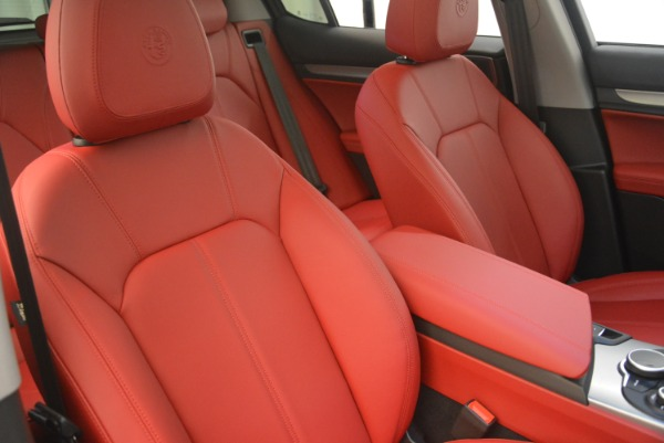 New 2019 Alfa Romeo Stelvio Sport Q4 for sale Sold at Rolls-Royce Motor Cars Greenwich in Greenwich CT 06830 21