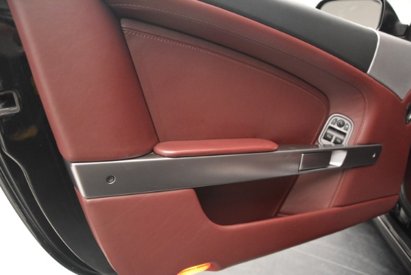 Used 2006 Aston Martin DB9 Coupe for sale Sold at Rolls-Royce Motor Cars Greenwich in Greenwich CT 06830 17