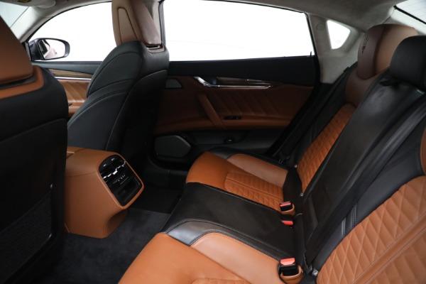 New 2019 Maserati Quattroporte S Q4 GranLusso Edizione Nobile for sale Sold at Rolls-Royce Motor Cars Greenwich in Greenwich CT 06830 18