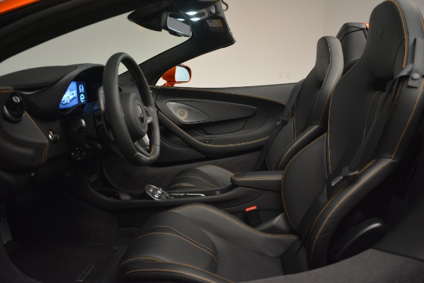 New 2019 McLaren 570S Spider Convertible for sale Sold at Rolls-Royce Motor Cars Greenwich in Greenwich CT 06830 24