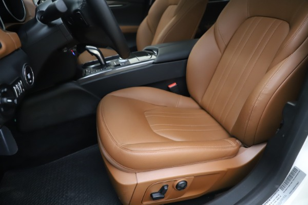 New 2019 Maserati Ghibli S Q4 for sale $91,630 at Rolls-Royce Motor Cars Greenwich in Greenwich CT 06830 15