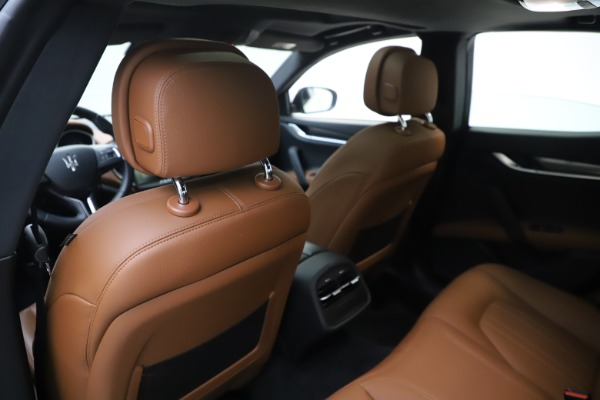 New 2019 Maserati Ghibli S Q4 for sale $91,630 at Rolls-Royce Motor Cars Greenwich in Greenwich CT 06830 20