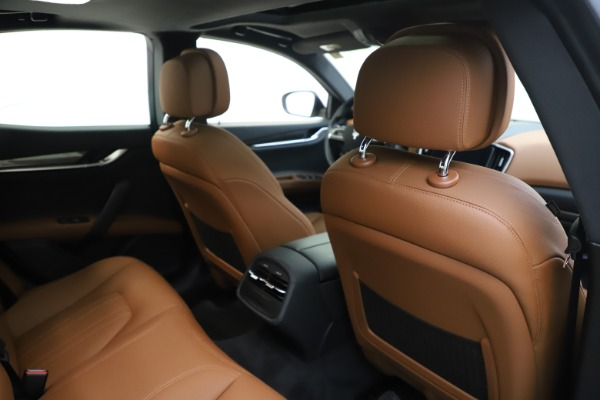New 2019 Maserati Ghibli S Q4 for sale $91,630 at Rolls-Royce Motor Cars Greenwich in Greenwich CT 06830 28