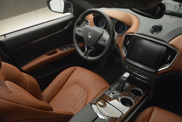 New 2019 Maserati Ghibli S Q4 GranLusso for sale Sold at Rolls-Royce Motor Cars Greenwich in Greenwich CT 06830 24