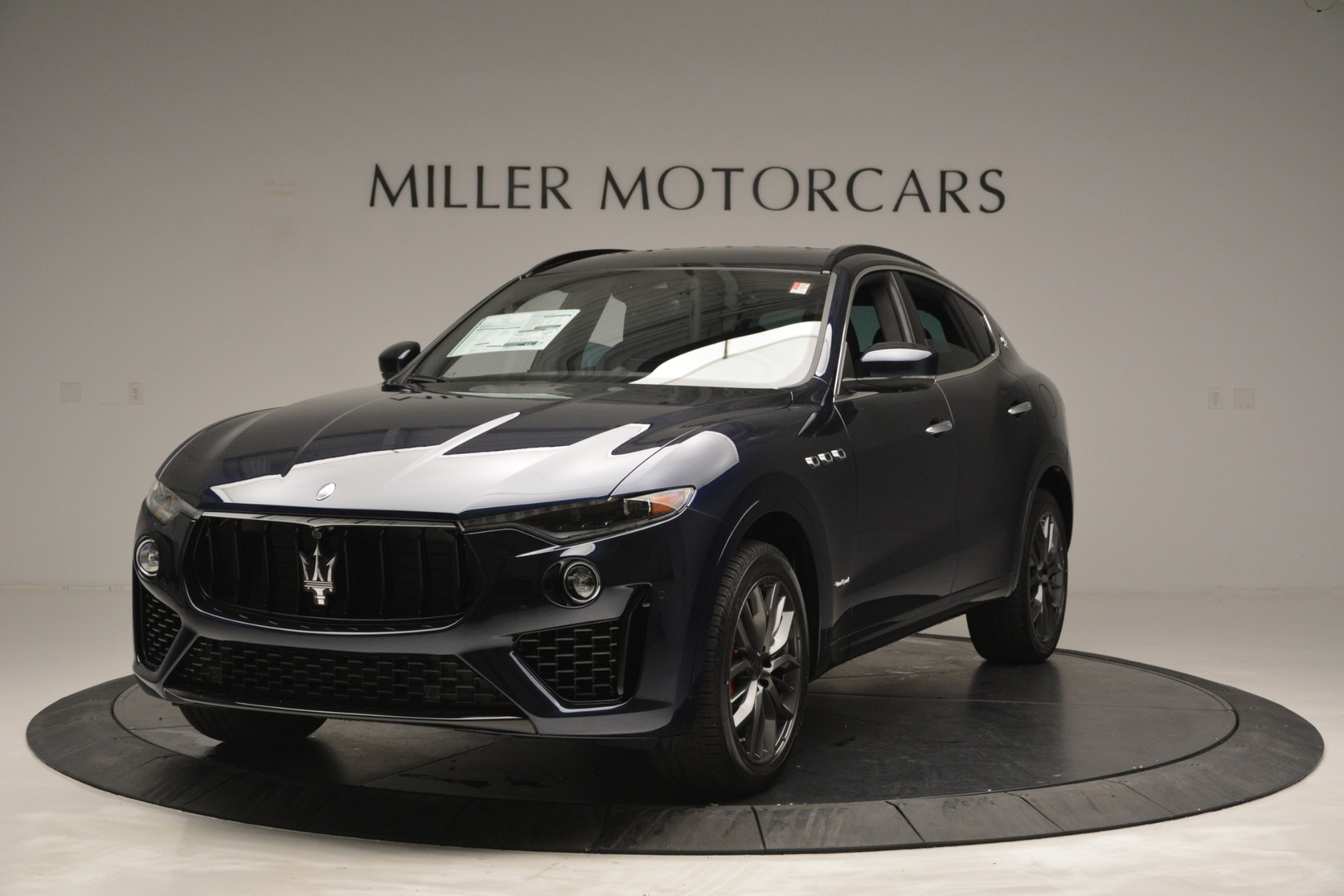 New 2019 Maserati Levante Q4 GranSport for sale Sold at Rolls-Royce Motor Cars Greenwich in Greenwich CT 06830 1