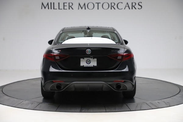 Used 2019 Alfa Romeo Giulia Sport Q4 for sale Sold at Rolls-Royce Motor Cars Greenwich in Greenwich CT 06830 6