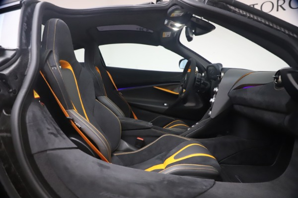 Used 2019 McLaren 720S Performance for sale $245,900 at Rolls-Royce Motor Cars Greenwich in Greenwich CT 06830 20