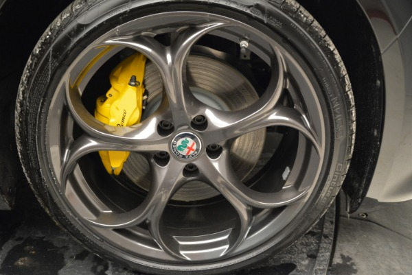New 2019 Alfa Romeo Giulia Ti Sport Q4 for sale Sold at Rolls-Royce Motor Cars Greenwich in Greenwich CT 06830 25