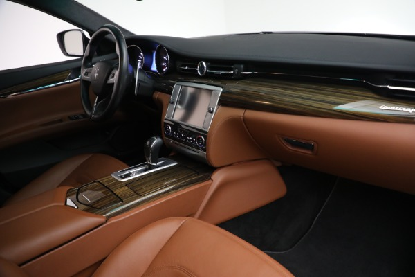 Used 2015 Maserati Quattroporte S Q4 for sale Sold at Rolls-Royce Motor Cars Greenwich in Greenwich CT 06830 19