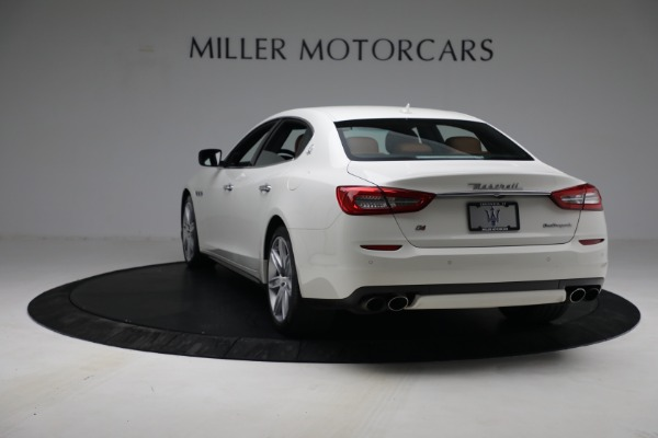 Used 2015 Maserati Quattroporte S Q4 for sale Sold at Rolls-Royce Motor Cars Greenwich in Greenwich CT 06830 5