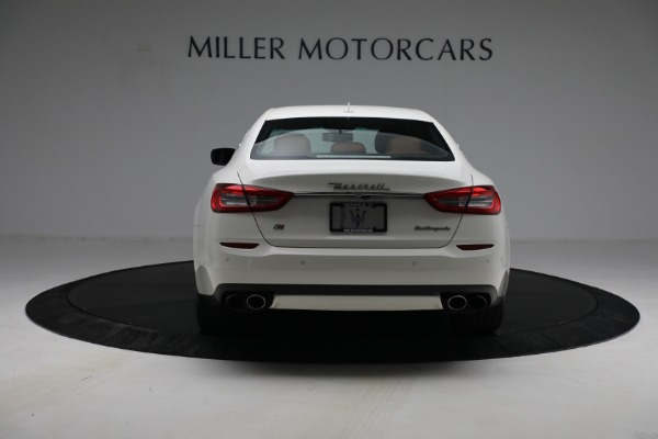 Used 2015 Maserati Quattroporte S Q4 for sale Sold at Rolls-Royce Motor Cars Greenwich in Greenwich CT 06830 6