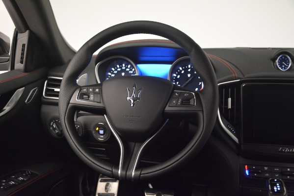 New 2019 Maserati Ghibli S Q4 GranSport for sale Sold at Rolls-Royce Motor Cars Greenwich in Greenwich CT 06830 17