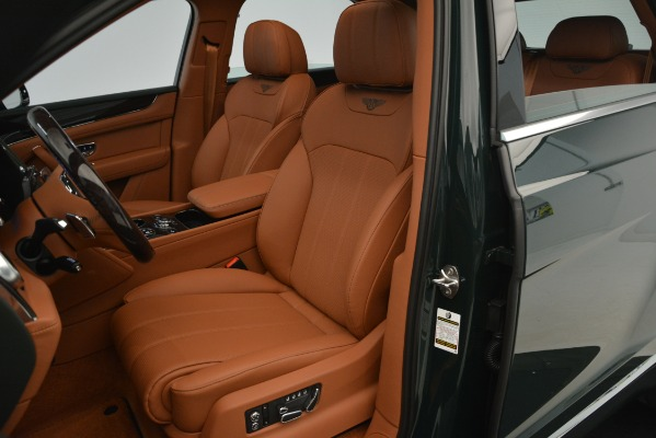 New 2019 Bentley Bentayga V8 for sale Sold at Rolls-Royce Motor Cars Greenwich in Greenwich CT 06830 17