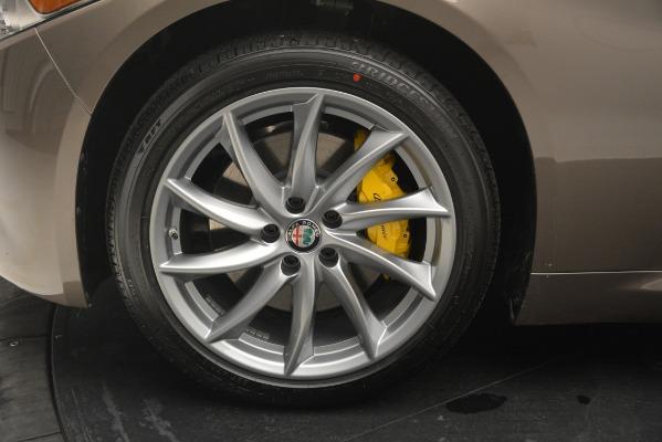 New 2019 Alfa Romeo Giulia Q4 for sale $45,240 at Rolls-Royce Motor Cars Greenwich in Greenwich CT 06830 20