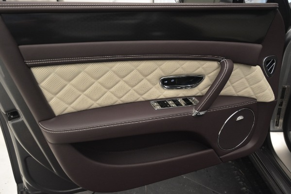 Used 2018 Bentley Flying Spur W12 S for sale Sold at Rolls-Royce Motor Cars Greenwich in Greenwich CT 06830 17