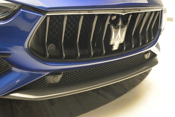New 2019 Maserati Ghibli S Q4 GranSport for sale Sold at Rolls-Royce Motor Cars Greenwich in Greenwich CT 06830 23