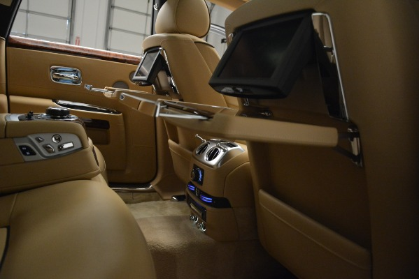 Used 2014 Rolls-Royce Ghost for sale Sold at Rolls-Royce Motor Cars Greenwich in Greenwich CT 06830 23