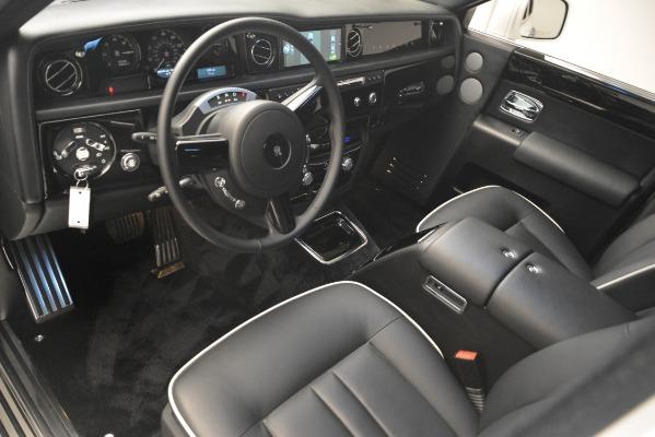 Used 2014 Rolls-Royce Phantom for sale Sold at Rolls-Royce Motor Cars Greenwich in Greenwich CT 06830 15