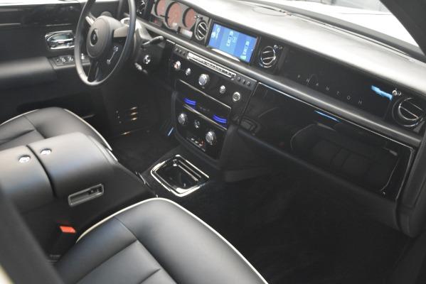 Used 2014 Rolls-Royce Phantom for sale Sold at Rolls-Royce Motor Cars Greenwich in Greenwich CT 06830 26