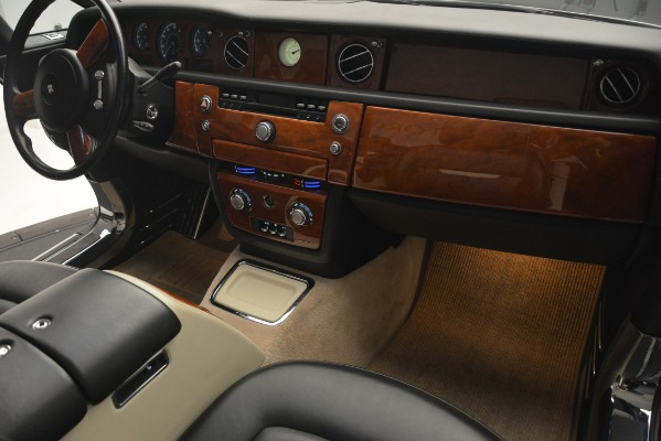 Used 2008 Rolls-Royce Phantom Drophead Coupe for sale Sold at Rolls-Royce Motor Cars Greenwich in Greenwich CT 06830 27
