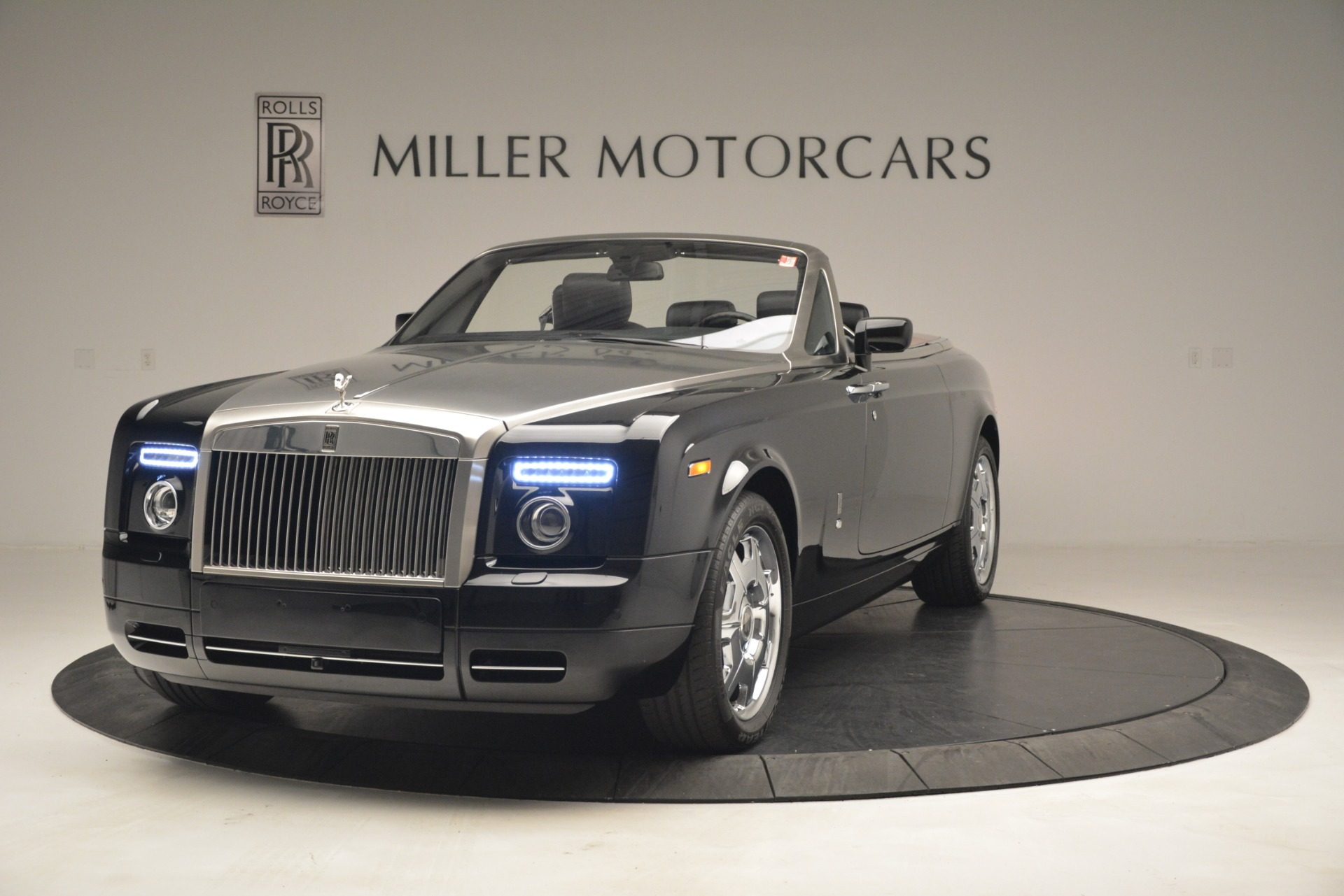 Used 2008 Rolls-Royce Phantom Drophead Coupe for sale Sold at Rolls-Royce Motor Cars Greenwich in Greenwich CT 06830 1