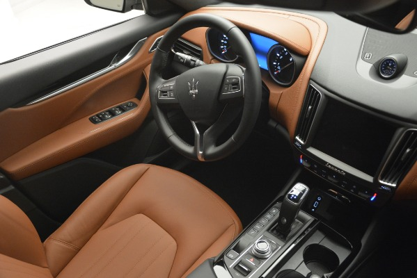 New 2019 Maserati Levante Q4 for sale $59,900 at Rolls-Royce Motor Cars Greenwich in Greenwich CT 06830 15