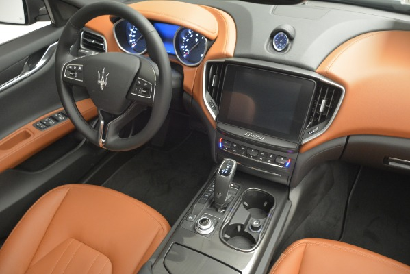 New 2019 Maserati Ghibli S Q4 for sale Sold at Rolls-Royce Motor Cars Greenwich in Greenwich CT 06830 17