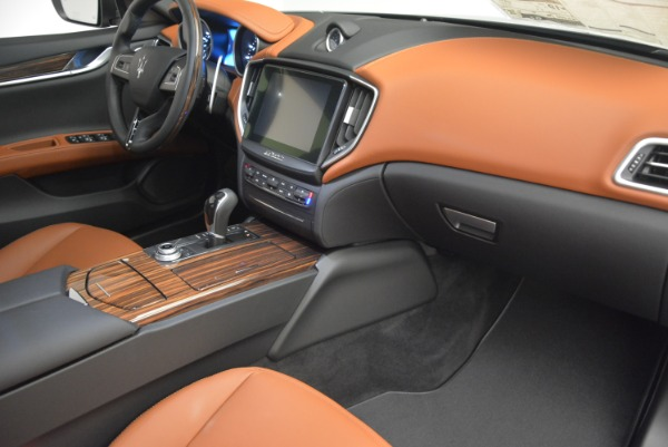 New 2019 Maserati Ghibli S Q4 for sale Sold at Rolls-Royce Motor Cars Greenwich in Greenwich CT 06830 19