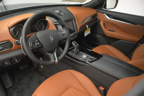 New 2019 Maserati Levante Q4 for sale Sold at Rolls-Royce Motor Cars Greenwich in Greenwich CT 06830 15