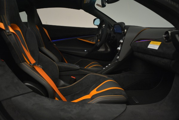 New 2019 McLaren 720S Coupe for sale Sold at Rolls-Royce Motor Cars Greenwich in Greenwich CT 06830 22