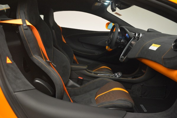 New 2019 McLaren 570S Coupe for sale Sold at Rolls-Royce Motor Cars Greenwich in Greenwich CT 06830 20