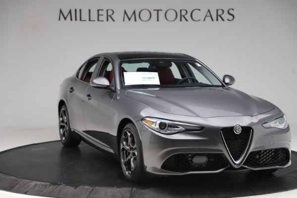New 2019 Alfa Romeo Giulia Ti Sport Q4 for sale $52,340 at Rolls-Royce Motor Cars Greenwich in Greenwich CT 06830 11