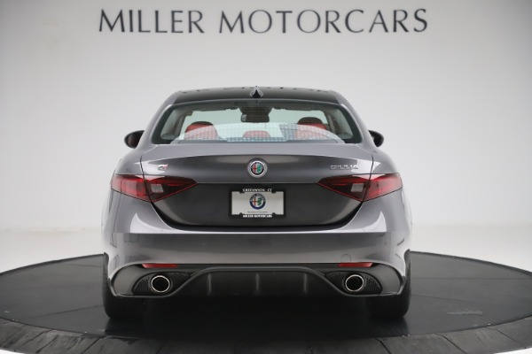New 2019 Alfa Romeo Giulia Ti Sport Q4 for sale $52,340 at Rolls-Royce Motor Cars Greenwich in Greenwich CT 06830 6