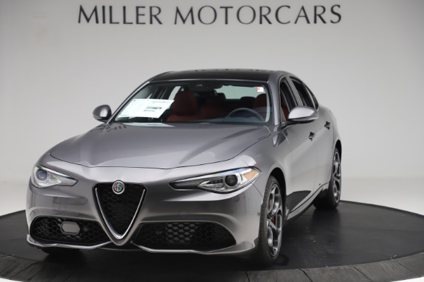 New 2019 Alfa Romeo Giulia Ti Sport Q4 for sale $52,340 at Rolls-Royce Motor Cars Greenwich in Greenwich CT 06830 1