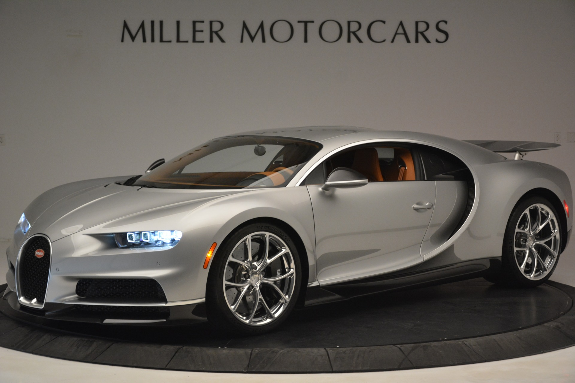Used 2019 Bugatti Chiron for sale $3,100,000 at Rolls-Royce Motor Cars Greenwich in Greenwich CT 06830 1