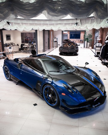 Used 2017 Pagani Huayra BC Macchina Volante for sale Call for price at Rolls-Royce Motor Cars Greenwich in Greenwich CT 06830 4