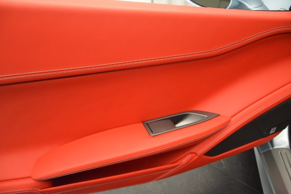 Used 2015 Ferrari 458 Italia for sale $215,900 at Rolls-Royce Motor Cars Greenwich in Greenwich CT 06830 16