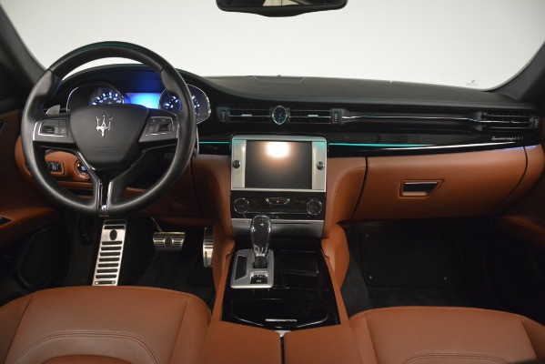 Used 2015 Maserati Quattroporte S Q4 for sale Sold at Rolls-Royce Motor Cars Greenwich in Greenwich CT 06830 21