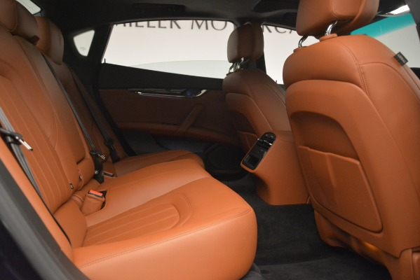 Used 2015 Maserati Quattroporte S Q4 for sale Sold at Rolls-Royce Motor Cars Greenwich in Greenwich CT 06830 27