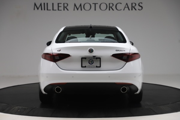 New 2019 Alfa Romeo Giulia Q4 for sale Sold at Rolls-Royce Motor Cars Greenwich in Greenwich CT 06830 6