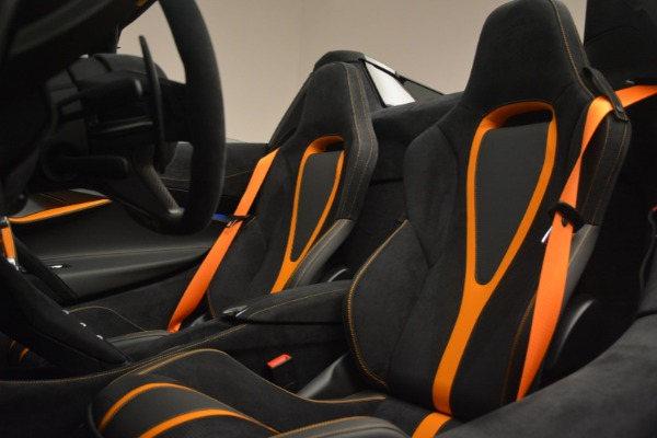 New 2020 McLaren 720S Spider for sale Sold at Rolls-Royce Motor Cars Greenwich in Greenwich CT 06830 26