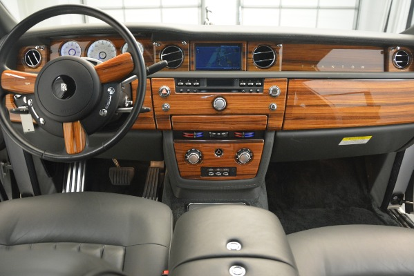 Used 2007 Rolls-Royce Phantom for sale Sold at Rolls-Royce Motor Cars Greenwich in Greenwich CT 06830 23