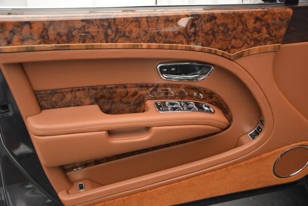 Used 2016 Bentley Mulsanne Speed for sale Sold at Rolls-Royce Motor Cars Greenwich in Greenwich CT 06830 15