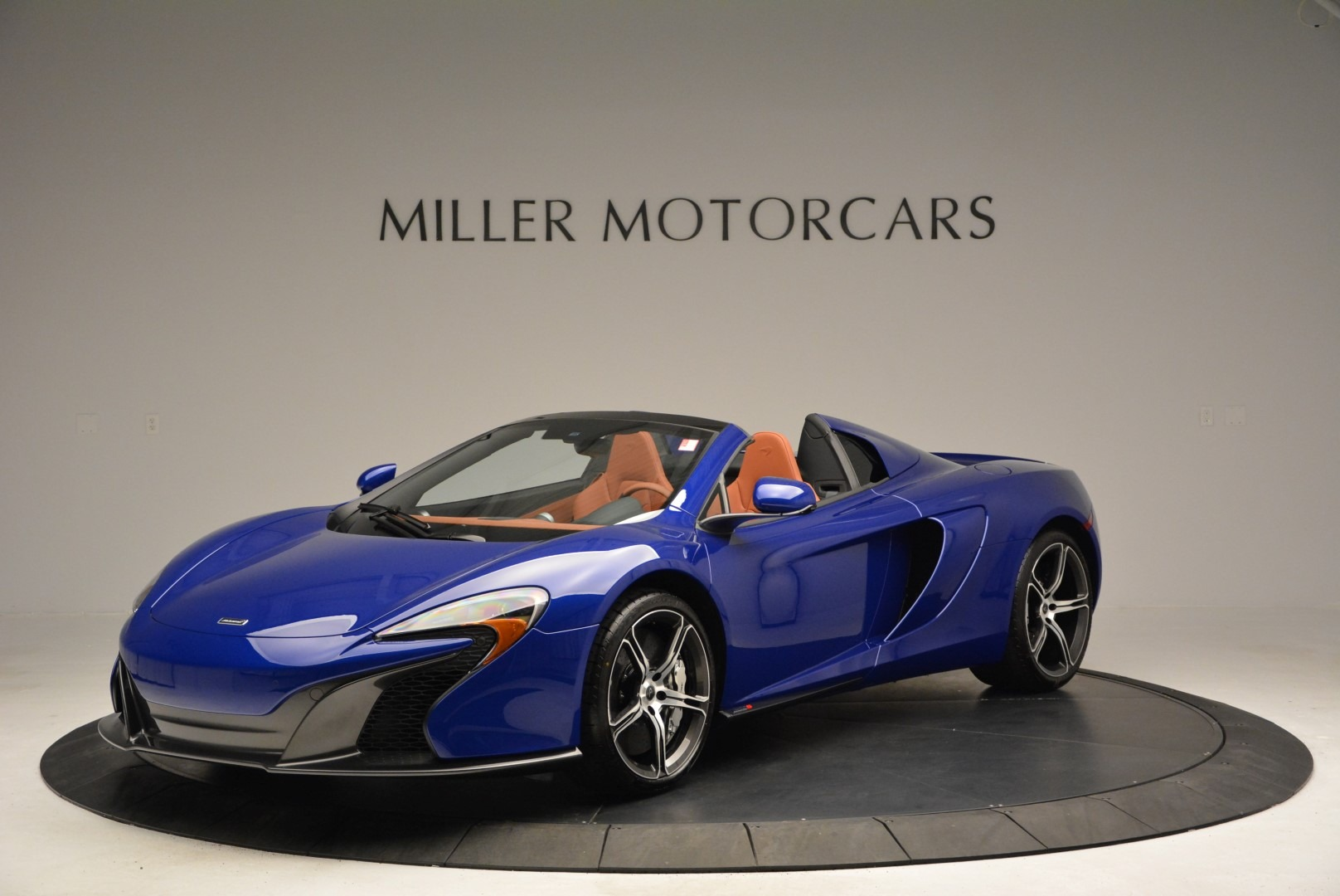 Used 2015 McLaren 650S Spider Convertible for sale Sold at Rolls-Royce Motor Cars Greenwich in Greenwich CT 06830 1
