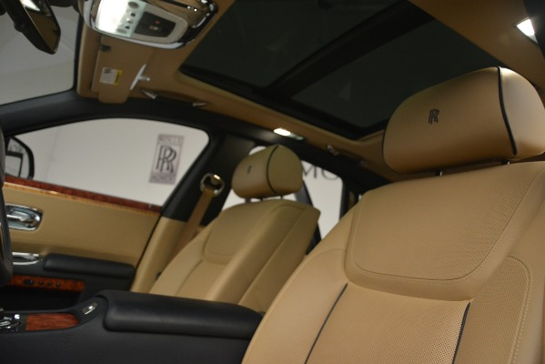 Used 2015 Rolls-Royce Ghost for sale Sold at Rolls-Royce Motor Cars Greenwich in Greenwich CT 06830 27