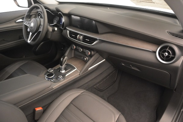 New 2019 Alfa Romeo Stelvio Ti Lusso Q4 for sale Sold at Rolls-Royce Motor Cars Greenwich in Greenwich CT 06830 22