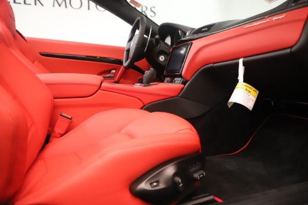 New 2018 Maserati GranTurismo Sport Convertible for sale Sold at Rolls-Royce Motor Cars Greenwich in Greenwich CT 06830 27