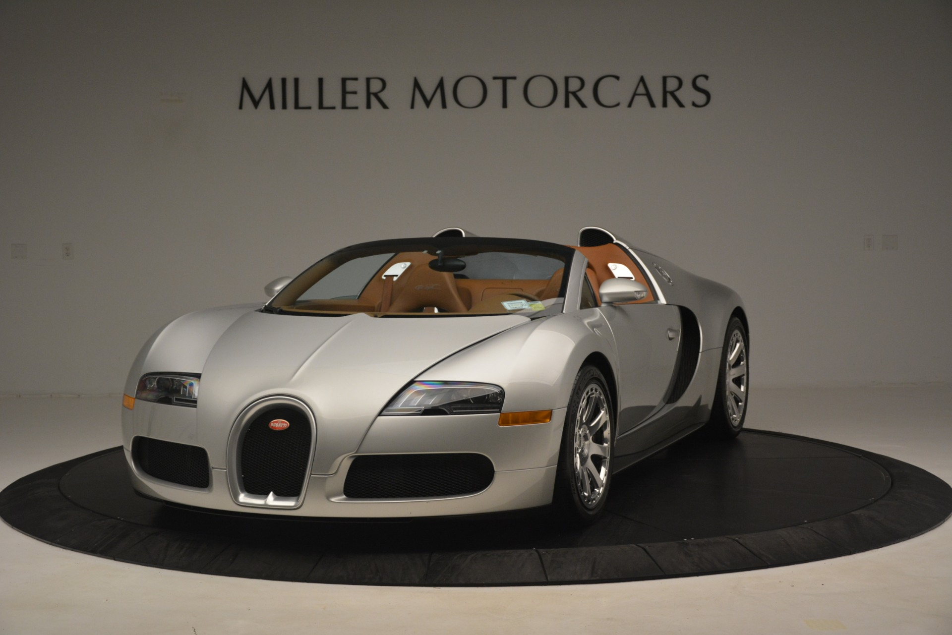 Used 2010 Bugatti Veyron 16.4 Grand Sport for sale Sold at Rolls-Royce Motor Cars Greenwich in Greenwich CT 06830 1